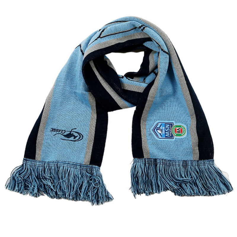 Long knitted scarf with customized logo for football club fans